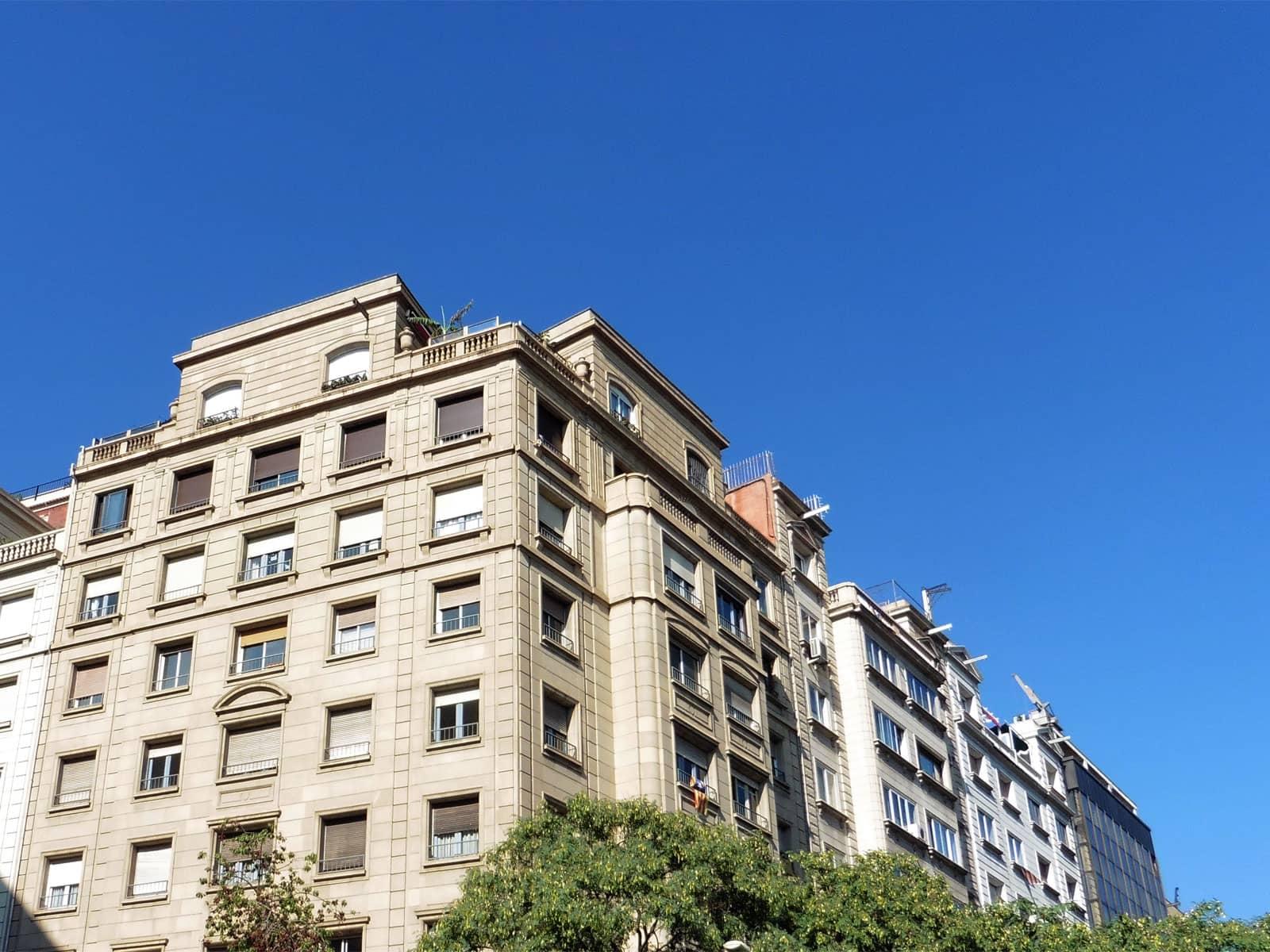 ¿Está pensando en la posibilidad de alquilar un piso de su propiedad?